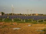 Impianto fotovoltaico ad inseguimento ed impianto eolico